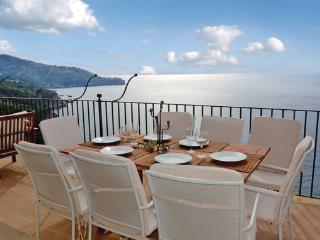 6 bedroom Villa in Soller, Balearic Islands, Mallorca : ref 2036548 - Llucalcari vacation rentals