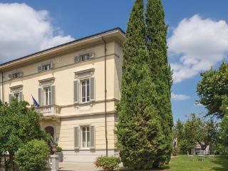 6 bedroom Villa in Crespina, Tuscany, Pisa And Surroundings, Italy : ref 2039069 - Crespina vacation rentals