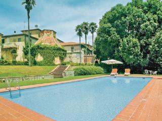 7 bedroom Villa in Crespina, Tuscany, Pisa And Surroundings, Italy : ref 2040916 - Crespina vacation rentals