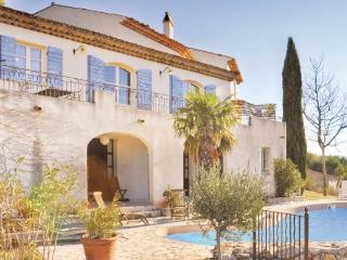 7 bedroom Villa in Golf de Pont Royal, Provence drOme ardEche, Bouches-du-rhone, France : ref 2042191 - Pont Royal vacation rentals