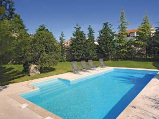 4 bedroom Villa in Rovinj, Istria, Croatia : ref 2044741 - Rovinjsko Selo vacation rentals