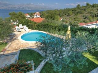 5 bedroom Villa in Brac, Central Dalmatia, Croatia : ref 2046051 - Postira vacation rentals