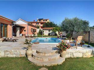 3 bedroom Villa with Internet Access in Fazana - Fazana vacation rentals