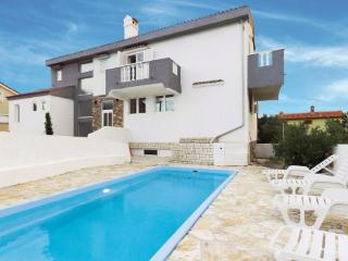 7 bedroom Villa in Rab, Kvarner, Croatia : ref 2095490 - Barbat vacation rentals