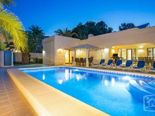 10 bedroom Villa in Moraira, Costa Blanca, Spain : ref 2096084 - La Llobella vacation rentals