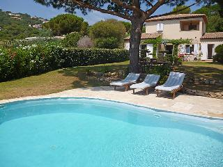 4 bedroom Villa in Saint Tropez, Cote D Azur, France : ref 2097826 - Ramatuelle vacation rentals