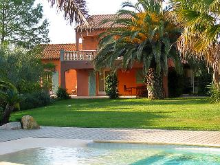 4 bedroom Villa in Saint Tropez, Cote D Azur, France : ref 2097827 - Ramatuelle vacation rentals