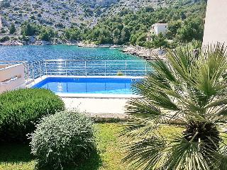 4 bedroom Villa in Rogoznica Razanj, Central Dalmatia, Croatia : ref 2098181 - Cove Stivasnica (Razanj) vacation rentals