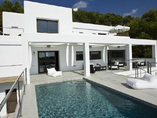 6 bedroom Villa in Sant Antoni de Portmany, Baleares, Ibiza : ref 2132882 - Sant Antoni de Portmany vacation rentals