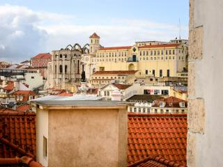 Casa Travessa - NEW photos! Adorable Rossio Home - Lisbon vacation rentals