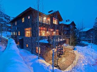 Spacious 5 bedroom Cabin in Teton Village with Internet Access - Teton Village vacation rentals