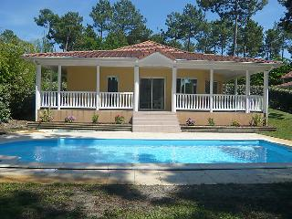 3 bedroom Villa in Lacanau, Gironde, France : ref 2214570 - Lacanau-Ocean vacation rentals