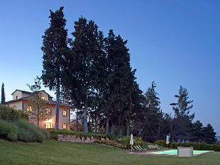 8 bedroom Villa in San Gimignano, Chianti Classico, Italy : ref 2215347 - Pancole vacation rentals