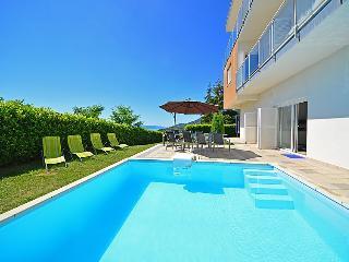5 bedroom Villa in Opatija Icici, Kvarner, Croatia : ref 2216641 - Opric vacation rentals
