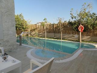 4 bedroom Villa in Gouves, Crete, Greece : ref 2216714 - Piskopiano vacation rentals