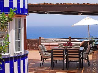 4 bedroom Villa in Maspalomas, Gran Canaria, Canary Islands : ref 2217164 - San Agustin vacation rentals