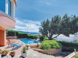 5 bedroom Villa in Novi Vinodolski, Croatia : ref 2219513 - Novi Vinodolski vacation rentals