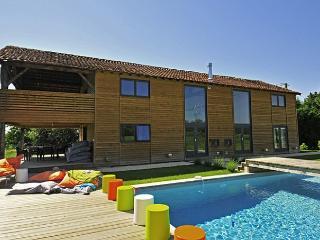 4 bedroom Villa in Monpazier, Dordogne, France : ref 2226390 - Capdrot vacation rentals