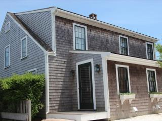 Charming 3 bedroom United States House with Deck - United States vacation rentals
