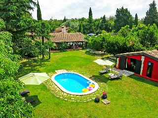 4 bedroom Villa in Umag, Istria, Croatia : ref 2236670 - Zambratija vacation rentals