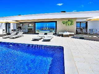 5 bedroom Villa in Moraira, Costa Blanca, Spain : ref 2236767 - Benitachell vacation rentals