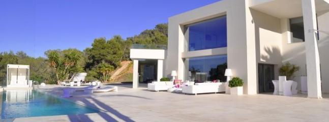 8 bedroom Villa in San Jose, Ibiza : ref 2240073 - Image 1 - San Jose - rentals