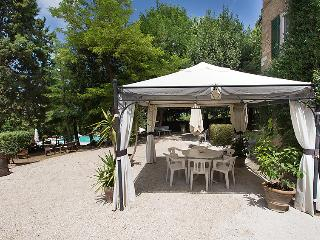 8 bedroom Villa in Perugia, Umbria, Italy : ref 2243223 - Castello delle Forme vacation rentals