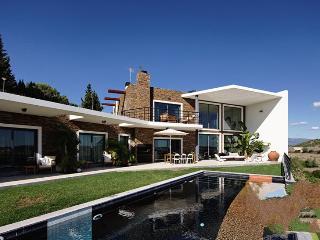 7 bedroom Villa in Alvor, Algarve, Portugal : ref 2249178 - Portimão vacation rentals