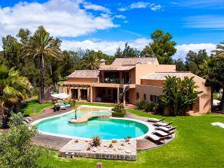4 bedroom Villa in Alvor, Algarve, Portugal : ref 2249182 - Figueira vacation rentals