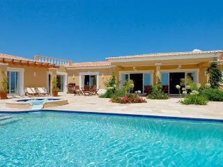 Villa in Praia da Luz, Algarve, Portugal - Luz vacation rentals