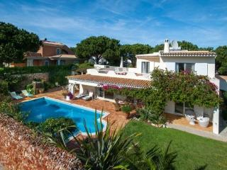 3 bedroom Villa in Quinta do Lago, Algarve, Portugal : ref 2249239 - Vale do Garrao vacation rentals