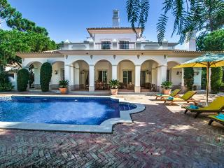 4 bedroom Villa in Quinta do Lago, Algarve, Portugal : ref 2249250 - Quinta do Lago vacation rentals