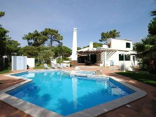 9 bedroom Villa in Vilamoura, Algarve, Portugal : ref 2249283 - Quarteira vacation rentals