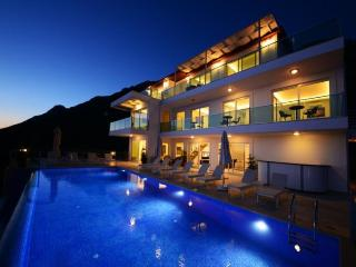 7 bedroom Villa in Kalkan, Mediterranean Coast, Turkey : ref 2249376 - Unye vacation rentals