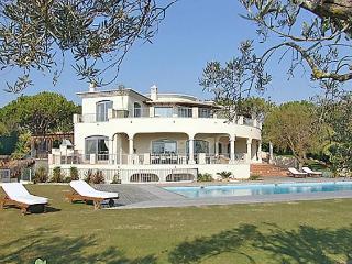 6 bedroom Villa in Quinta Do Lago, Algarve, Portugal : ref 2252125 - Quinta do Lago vacation rentals