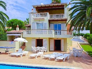 5 bedroom Villa in Son Bou, Menorca, Menorca : ref 2253049 - Son Bou vacation rentals