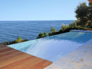 4 bedroom Villa in Theoule Sur Mer, Cote D Azur, France : ref 2255423 - Théoule sur Mer vacation rentals