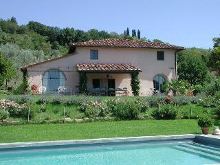 6 bedroom Villa in Montespertoli, Florence, Italy : ref 2259016 - Montespertoli vacation rentals