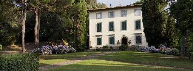 6 bedroom Villa in Lucca, Tuscany, Italy : ref 2259047 - Image 1 - Monte San Quirico - rentals