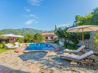 5 bedroom Villa in Soller, Mallorca, Mallorca : ref 2259667 - Soller vacation rentals