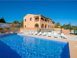 12 bedroom Villa in Calpe, Costa Blanca, Spain : ref 2264891 - Calpe vacation rentals