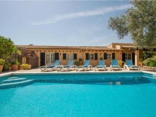 3 bedroom Villa in Pollensa, Mallorca, Mallorca : ref 2265178 - Cala San Vincente vacation rentals