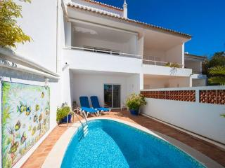 3 bedroom Villa in Vale Do Lobo, Algarve, Portugal : ref 2265922 - Aguada de Cima vacation rentals