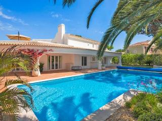 4 bedroom Villa in Quinta Do Lago, Algarve, Portugal : ref 2265949 - Vale do Garrao vacation rentals