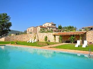 14 bedroom Villa in Monticiano, Tuscany, Italy : ref 2266016 - San Lorenzo a Merse vacation rentals