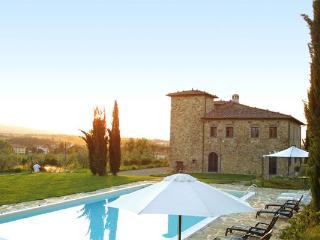 8 bedroom Villa in Bucine, Tuscany, Italy : ref 2266070 - Bucine vacation rentals