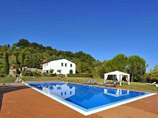 4 bedroom Villa in Grassina, Tuscany, Italy : ref 2266233 - Grassina Ponte a Ema vacation rentals