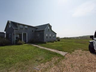 4 bedroom House with Internet Access in Gay Head - Gay Head vacation rentals