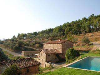 5 bedroom Villa in Capannori, Tuscany, Italy : ref 2268294 - Capannori vacation rentals