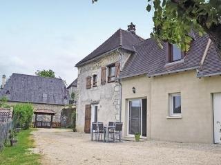 Cozy 3 bedroom Vacation Rental in Saint-Amand-de-Coly - Saint-Amand-de-Coly vacation rentals